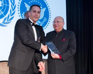 2014-11-20-United_Nations_Award_Lord_Loomba__Credit__UN_NYA1